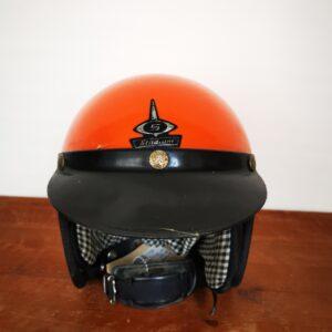 Oranje helm - De StadsZolder - Winkel - Ontruimingen